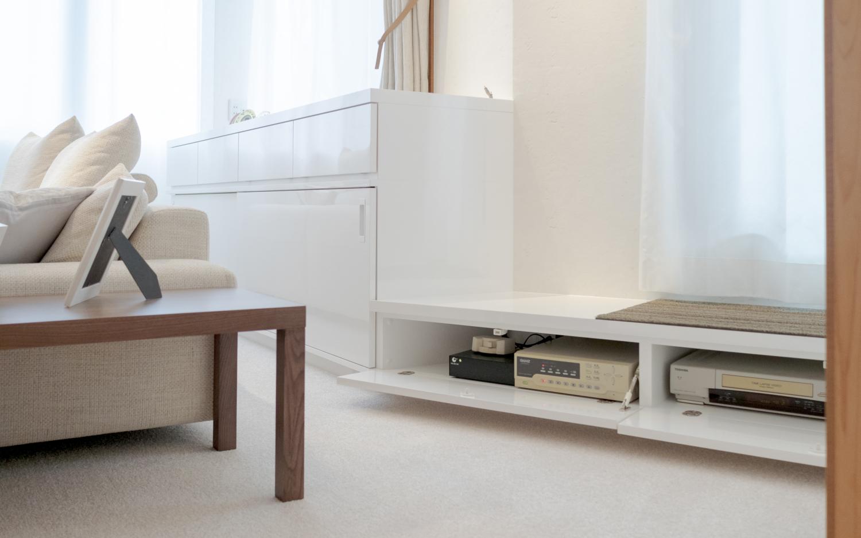 ホームセキュリティー録画機器 収納オーダー家具 ホワイト 建築一体