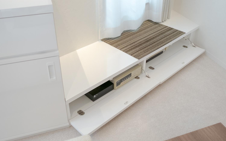 ホームセキュリティー録画機器の収納造作家具