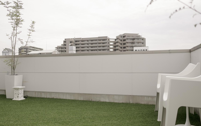 バルコニーにリアルな人工芝 神戸 大阪